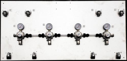 Montagetafeln aus Chromnickelstahl Ausführung inklusive Wandhaltern ohne Absperrhahn MICRO MATIC